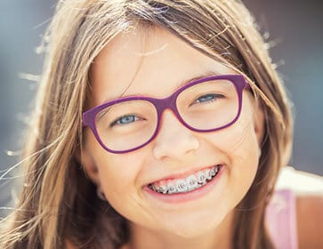 orthodontist - adult braces - orthodontist near me - teeth braces - dentist Hannibal MO - Hannibal Dental Group